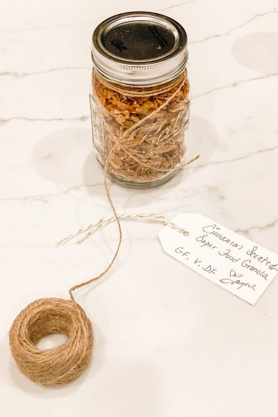 Cinnamon Scented Superfood Granola